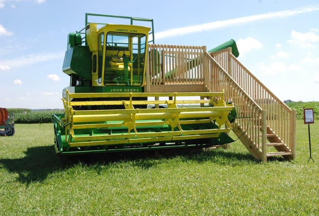 John Deere Combine Slide